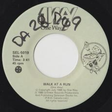 1way [ One Way / Canada ] - Walk At A Run / Do It For Love