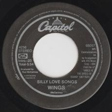 Wings [ Paul Mccartney ] - Silly Love Songs / Cook Of The House